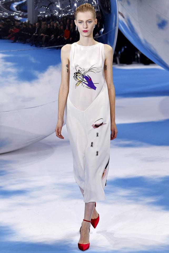Christian Dior Fall 2013 32 (Julia Nobis)
